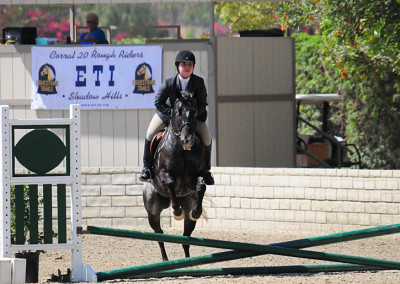 Darian Binkley on Fancy This in the Hunter Class at the ETI Convention